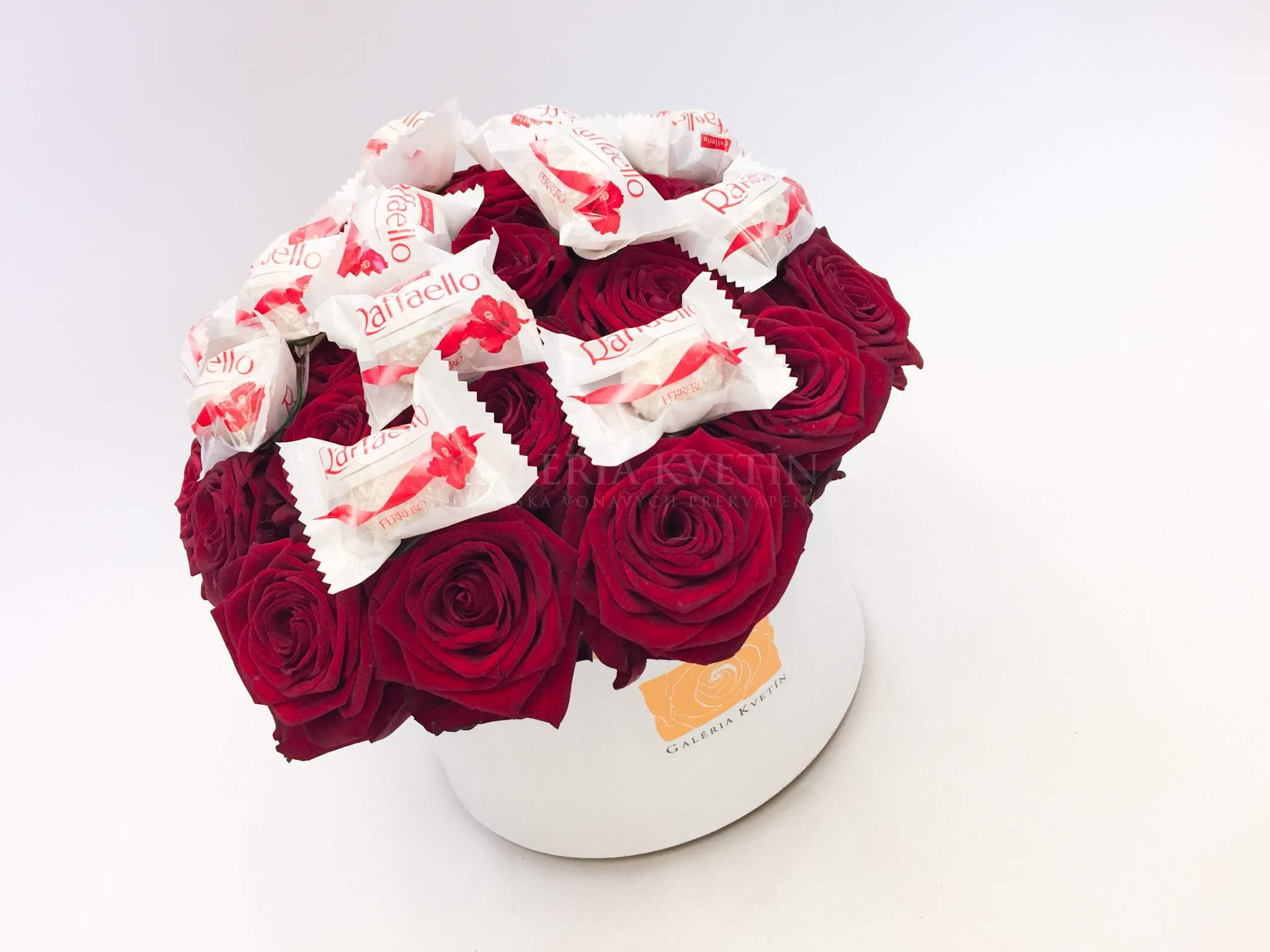 fe29ac694 Kvetinový box SLADKÉ RAFFAELLO GRAND | Galéria kvetín
