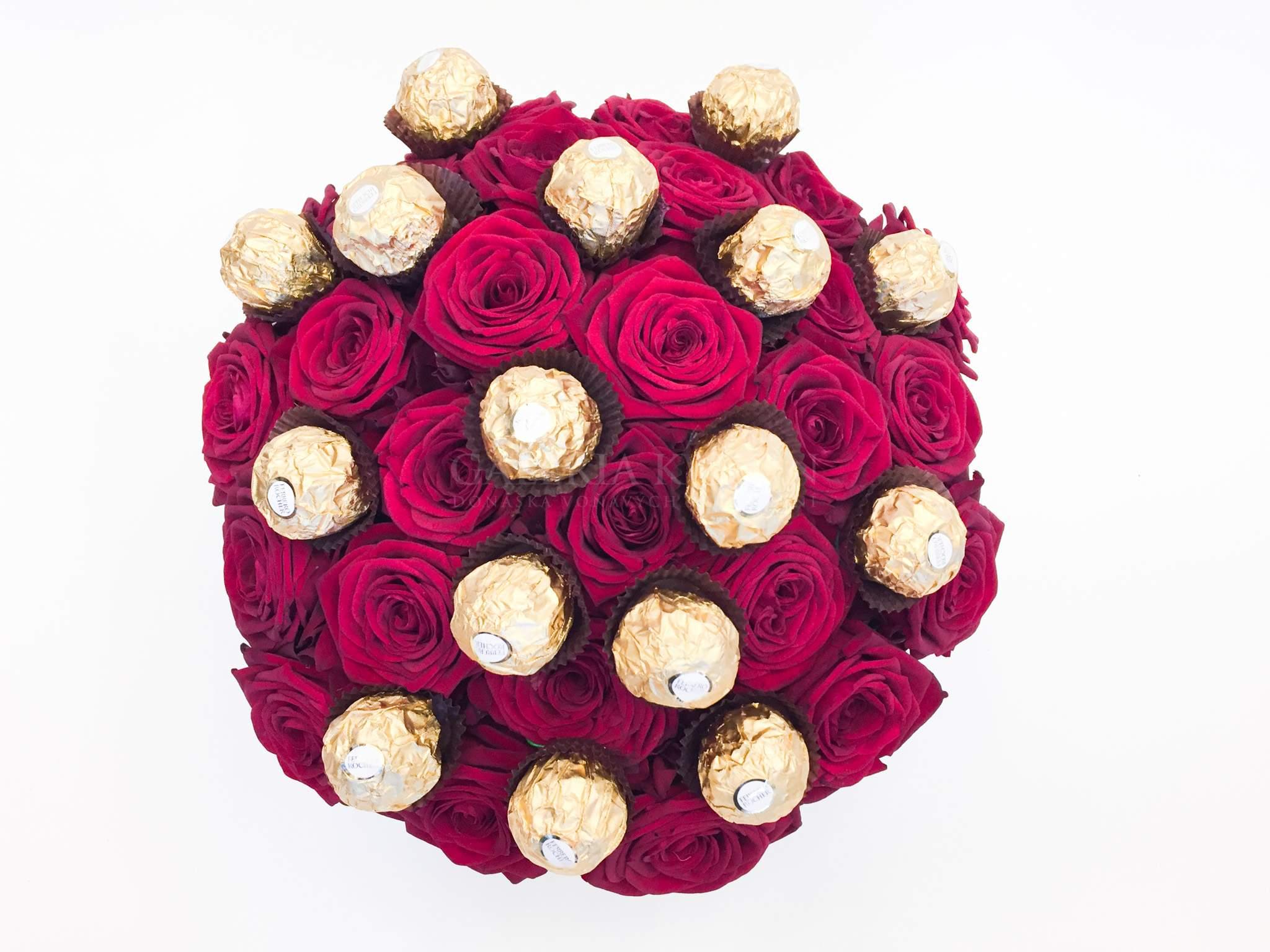 c93482056 Kvetinový box SLADKÉ FERRERO GRAND. Kvetinový box SLADKÉ FERRERO GRAND