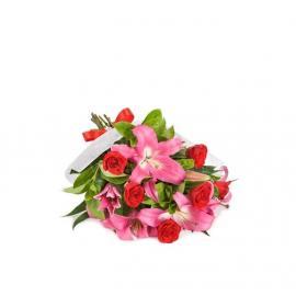 Kytica Splynutie z ruží a ľalií