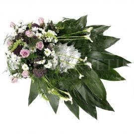 Exkluzívny smútočný veniec z cally, ruží, chryzantém