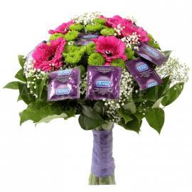 Kytica Bezpečná krása z fialových durexov a gerbier