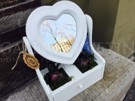 Jarné zrkadlo lásky