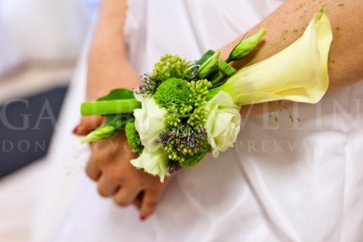 Svadobný náramok na ruku Elegancia