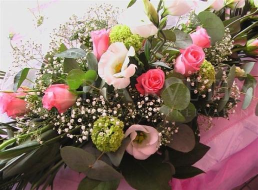 Ikebana na hlavný stôl Ruža