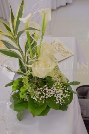 Ikebana na stôl Biela calla
