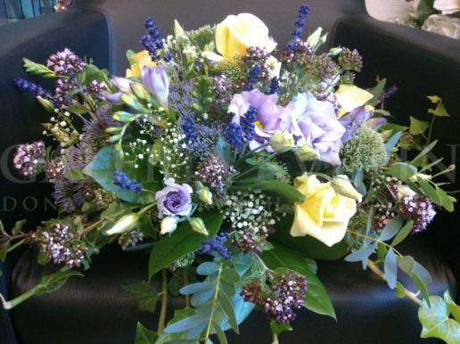 Ikebana na hlavný stôl French Lavender