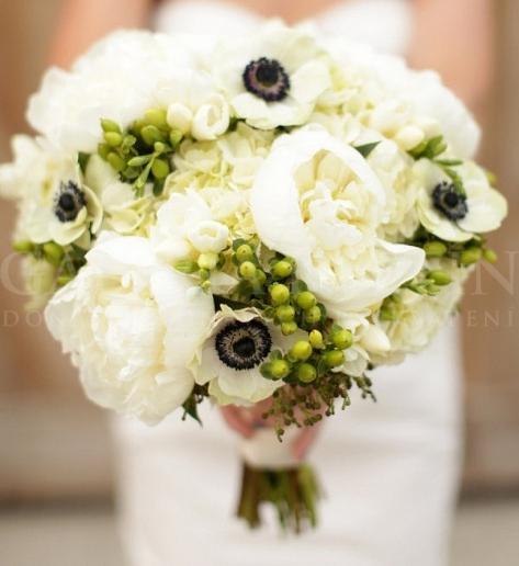Svadobná kytica Biely šperk