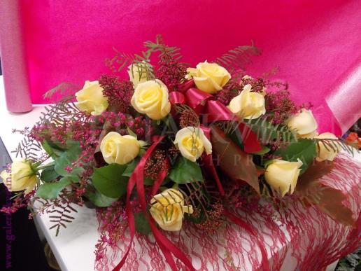Ikebana na hlavný stôl Romantická vznešenosť