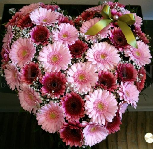 Ikebana na hlavný stôl Heart of Love