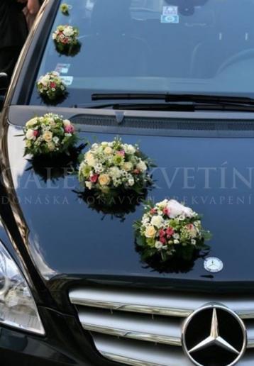 Ozdoba na auto Svadobný deň