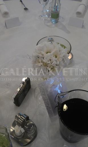 Malá ikebana na stôl Martini