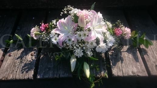 Ikebana na hlavný stôl Ružový sorbet