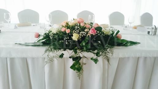 Ikebana na hlavný stôl Pink Romance