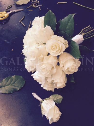 Svadobná kytica Biela guľa