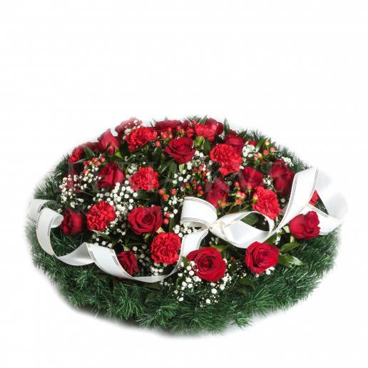Okrúhly smútočný veniec plný kvetov - Navždy v srdci