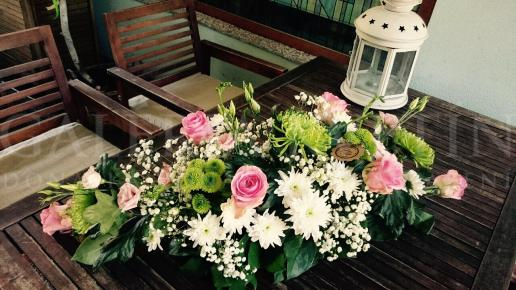 Ikebana na hlavný stôl Letná krása