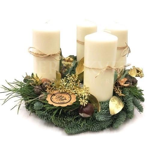 adventný veniec Veselé Vianoce